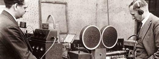 Ingenieros de Microtech Gefell a medidados del S.XX